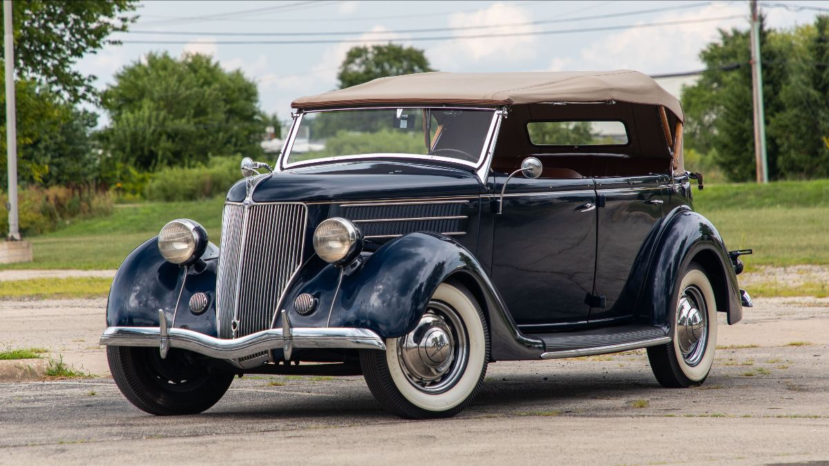 1936 Ford Deluxe Phaeton 221 CI, 3-Speed (Lot S76)