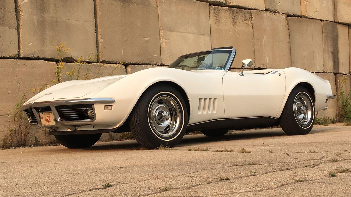1968 Chevrolet Corvette Convertible Bloomington Gold Benchmark, Top Flight (Lot S94)