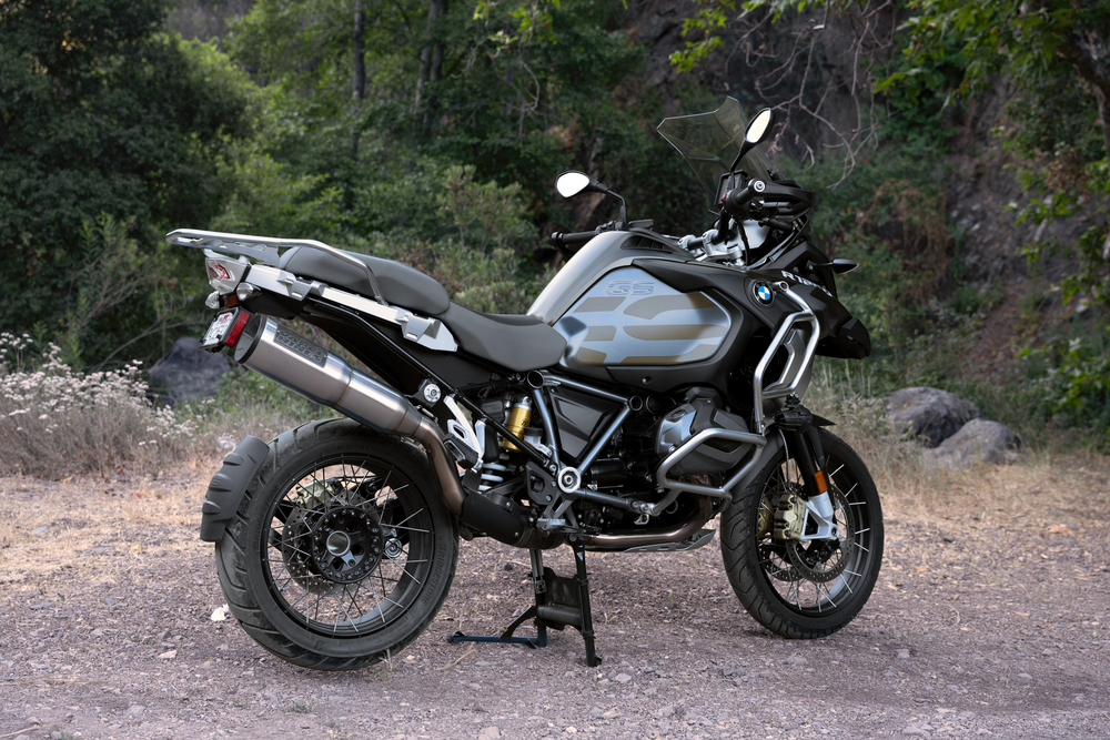 211004 Vance & Hines Launches Exhaust for BMW R1250 GS Motorcycles (2)