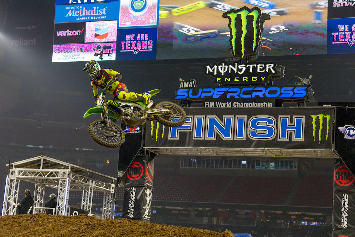 Monster Energy®:Pro Circuit:Kawasaki Race Team Announces Five-Rider Roster for 2022 finish